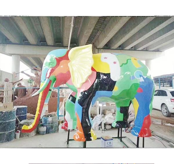 澳门莲花池     彩绘大象案例