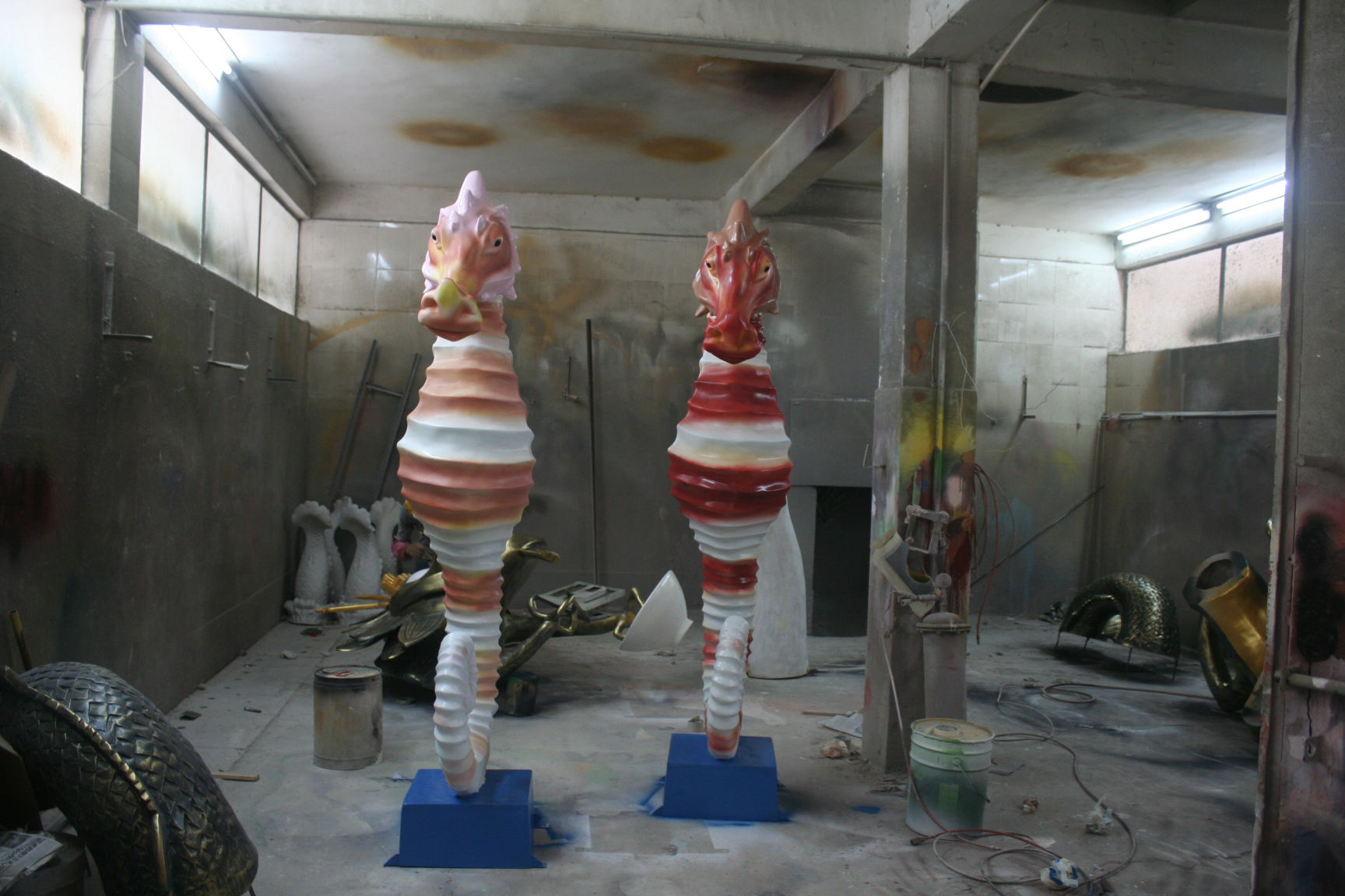 玻璃钢海马雕塑
