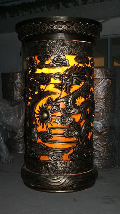 透光龙柱玻璃钢雕塑