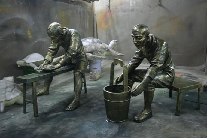 玻璃钢劳作雕塑