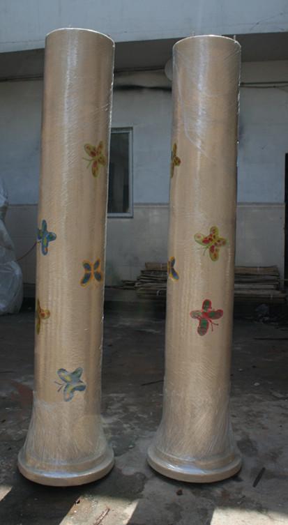 玻璃钢蝴蝶柱雕塑