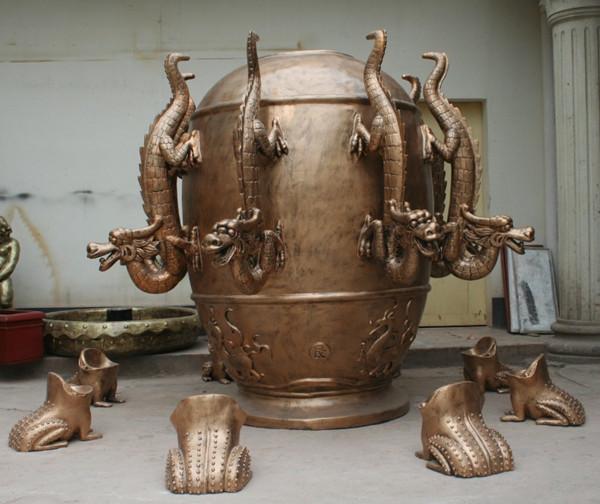 仿铜地动仪玻璃钢雕塑