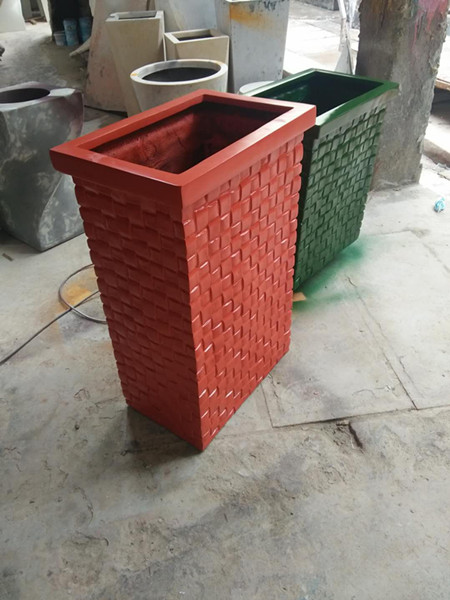 玻璃钢红绿混色花盆组合