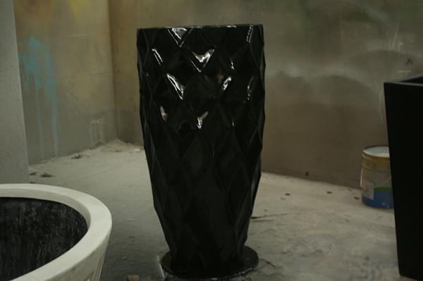 玻璃钢黑色花盆