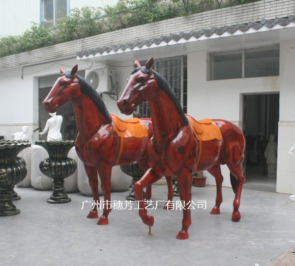 定制玻璃钢马雕塑农庄马场招牌摆件品