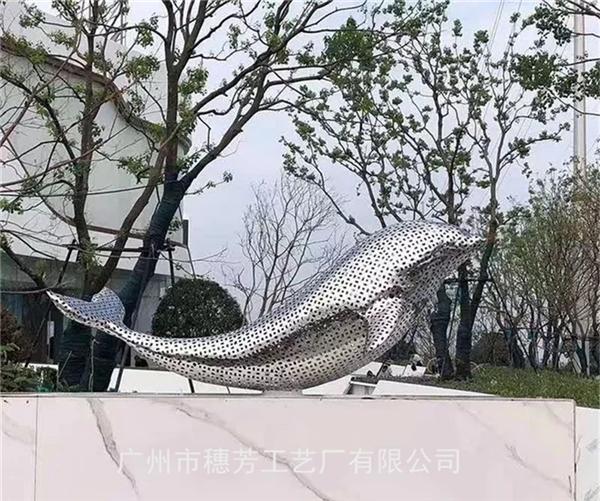 不锈钢海豚镂空工艺雕塑厂家直销不锈钢厂家雕塑定制