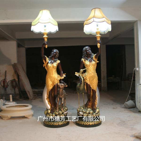 西方人物雕像酒店美陈摆件玻璃钢雕塑