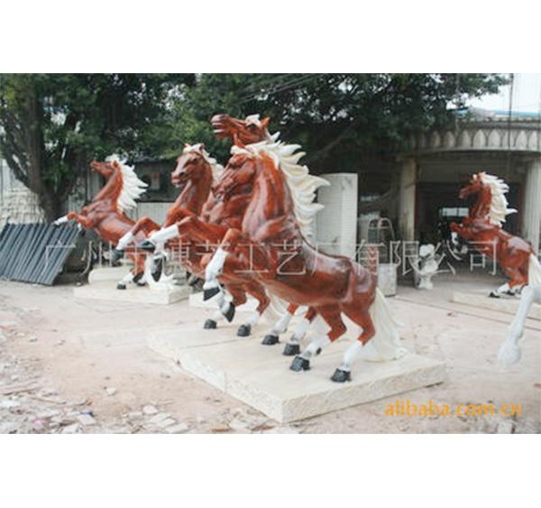 深圳野外 玻璃钢雕塑组合  骏马雕塑