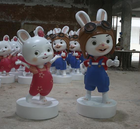 卡通雕塑   米可与米乐玻璃钢雕塑