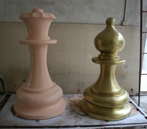 商场雕塑        象棋玻璃钢雕塑