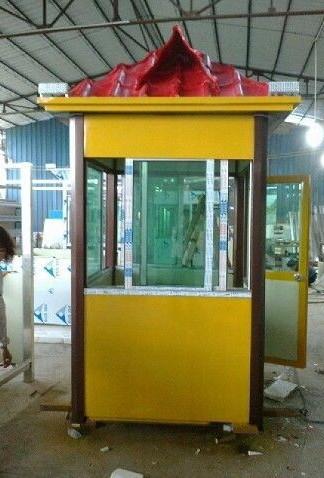 商场雕塑       保安亭玻璃钢雕塑