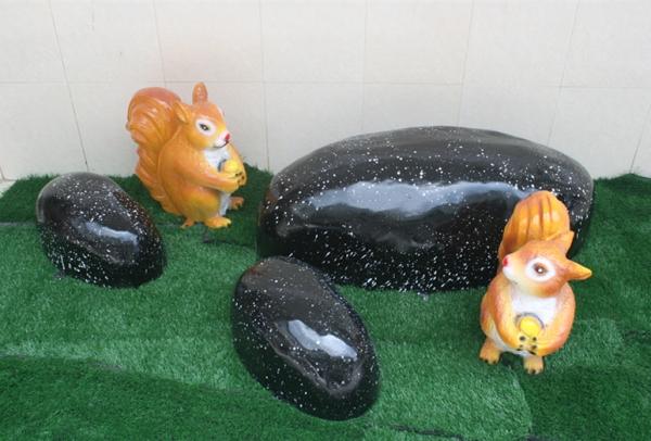 园林景观雕塑  鹅卵石玻璃钢雕塑