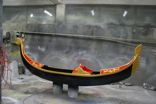 园林景观雕塑  威尼斯船玻璃钢雕塑