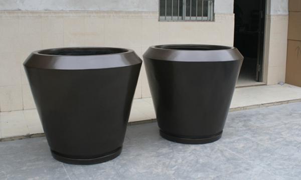 花盆        黑色玻璃钢花盆