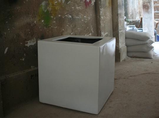 白色正方形玻璃钢花槽