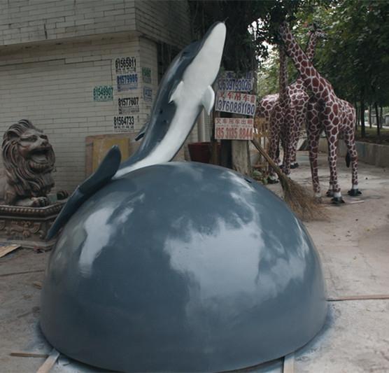 玻璃钢海豚喷泉雕塑