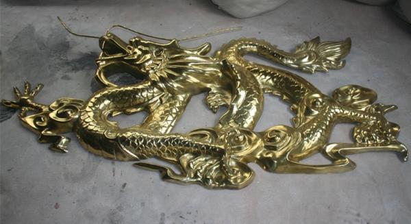 浮雕       电镀龙玻璃钢雕塑