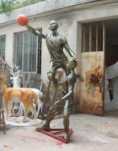 玻璃钢雕塑     学校打篮球雕塑