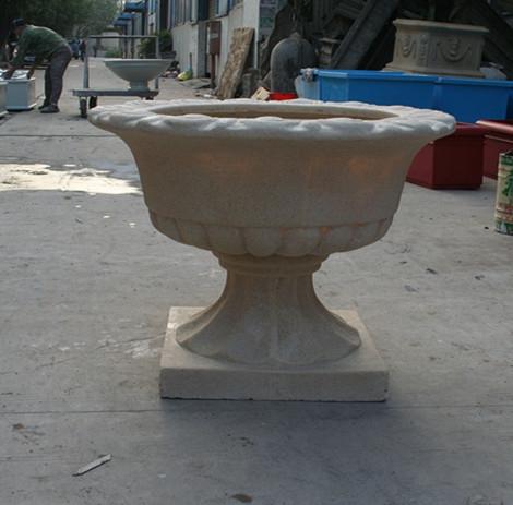 浅白色砂岩花盆