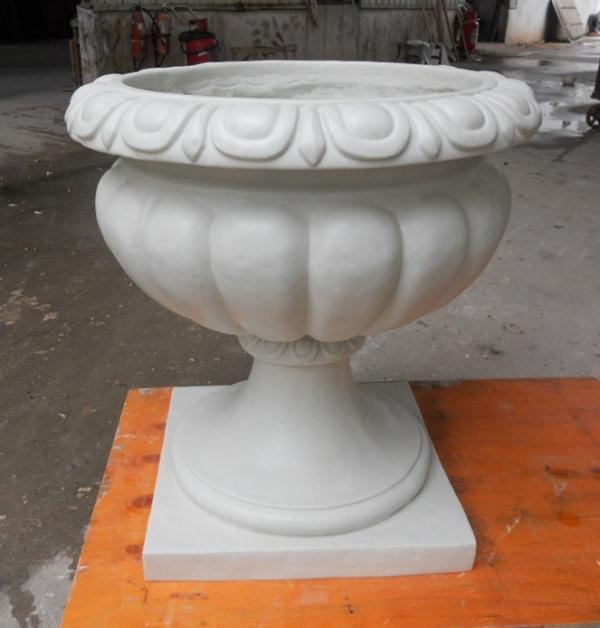 白色砂岩花盆