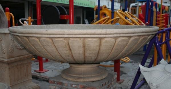 米黄色石漆大花盆
