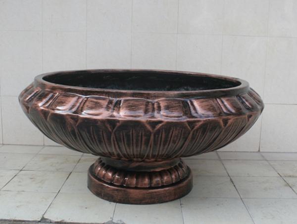 玻璃钢铜色大花盆