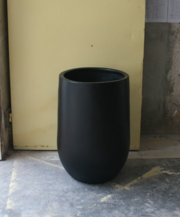 玻璃钢黑色小花钵