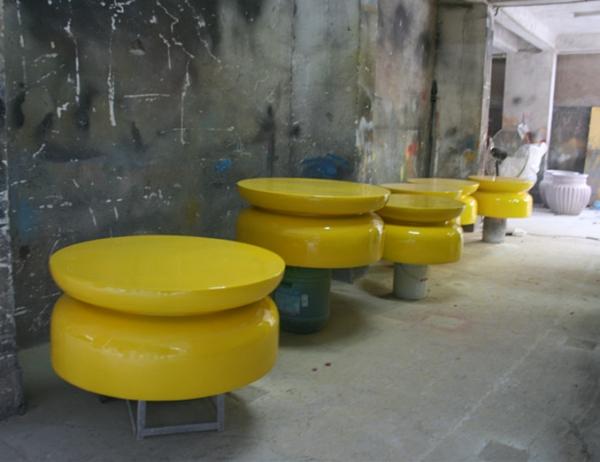 黄色坐凳玻璃钢休闲座椅