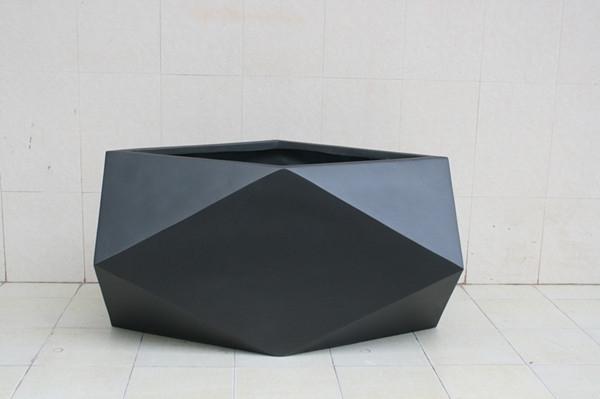 玻璃钢黑色菱形花盆
