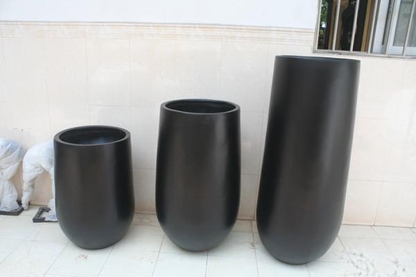玻璃钢黑色商场花钵组合