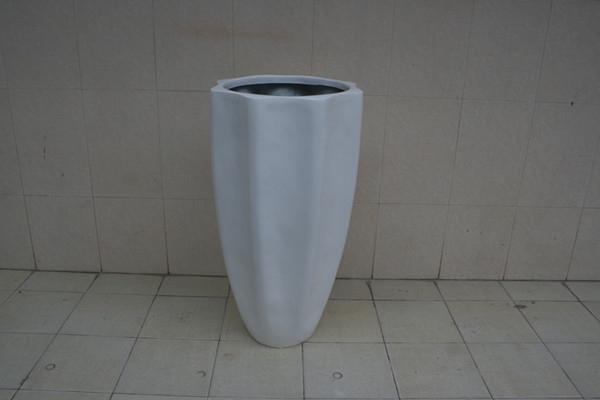 菱形玻璃钢白色景观花盆