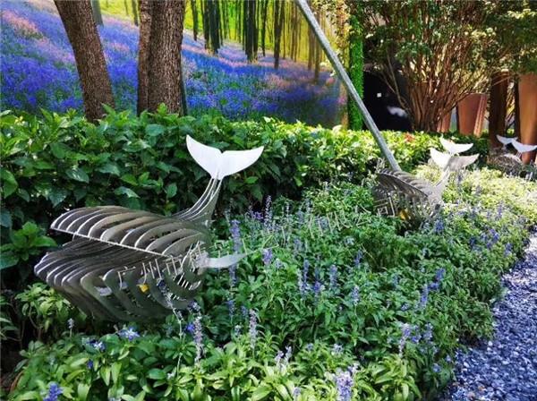 房地产大堂不锈钢镂空户外流水景观装饰鱼摆件 不锈钢镂空仙鹤雕塑 园林景观金属镂空动物装饰工艺品