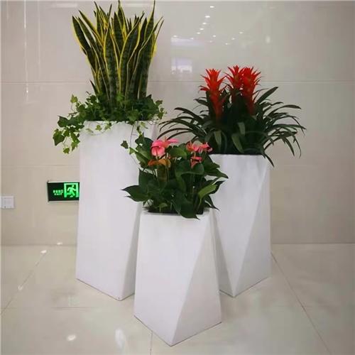 白色菱形几何玻璃钢花盆