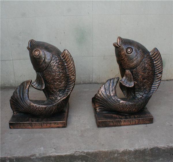 仿真鲤鱼玻璃钢雕塑